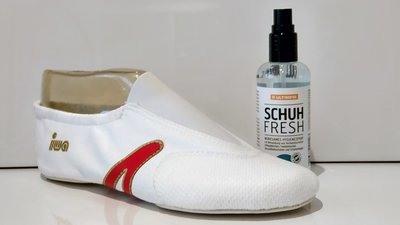 Neutraliseert vieze geurtjes snel en effectief Schoenenspray Ultrana (Hygienespray) www.lamers-turnsport.com