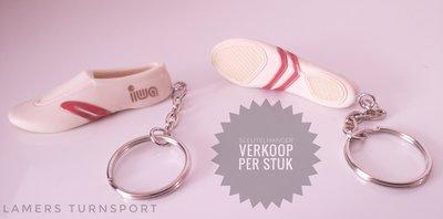 Iwa sleutelhanger Wit www.iwa-gymnastics.nl www.lamers-turnsport.com